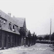 Sint Bavostraat vlak na de bouw in 1914
