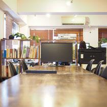 メルクシパイン集成材の机の天板