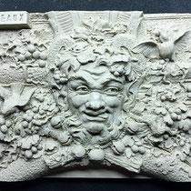 """Bacchus de la collection """"Decouvertes by Fredange"""" : 8,5cm x 6,4cm"""