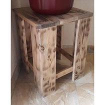 Tabouret en bois de palette