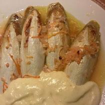 Chicorée mit Orangensauce und Kartoffelstock