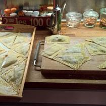 Ravioli, gefüllt mit Ricotta-Spinat
