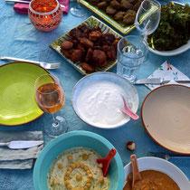 Marokkanisches Testessen fürs Jubiläum: Falafel, Humus usw.