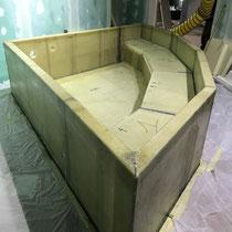Assemblage du bassin sur site.