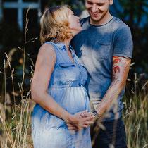 Babybauchshooting | Babybauchfotos | Schwangerschaftsfotos | Portraitfotografin Rebecca Adloff | Ruhrgebiet, Essen, Bochum, Düsseldorf, Köln, NRW