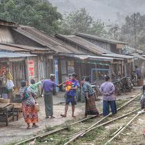 Village dans la jungle - Haute Birmanie