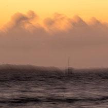 Schiff im Sturm - Foto: Monika Stock