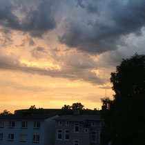 Himmel über Harburg - Foto: Elvira Lütt