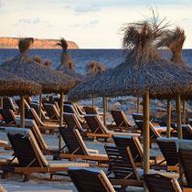 Nassau Beach // Photo © Jean Peter Feller
