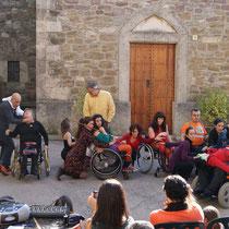 collsuspina, dansa integrada amb Liant la troca, 2012