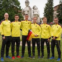 Das Team der Männer über 20km mit dem Betreuerteam (Foto: RaceWalk Pictures)
