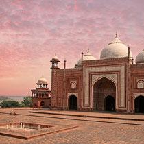 Mosque , Taj Mahal