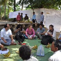 Treffen mit den Dorfbewohnern.