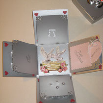Geschenkschachtel in Silber zur Hochzeit