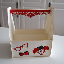Geschenkkiste mit Frauenmotiven creme-rot-schwarz