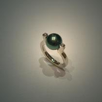 Bague Unique or gris, diamants et perle de Tahiti