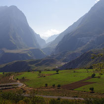 afdaling naar de Tiger Leaping Gorge - China
