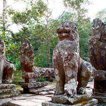 シンハ(獅子像)