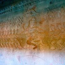 第一回廊の壁画(乳海撹拌:中心)