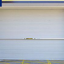 屋外側の設置完了です。防風対策の場合は、手順6に進んでください。