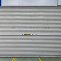 防風対策の場合、同様の手順で屋内側にも設置して完了です。