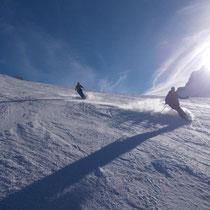Wolfgang und Monika lassen den Anden-Puiva auf den Pisten von Valle Nevado stauben!