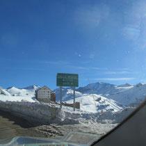 Das Schiresort Valle Nevado startet auf einer Seehöhe von 3000m und reicht bis auf 5430m hinauf!