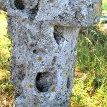 La croix qui corne à Cambron