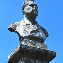 Buste de Frédéric Petit