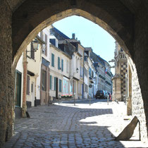 Sous la porte de Nevers- Saint-Valery