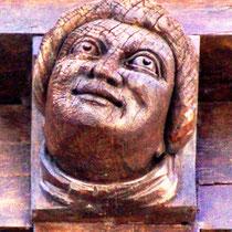 Sculpture de la Maison du Pèlerin- Amiens