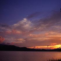 尾瀬沼の残照 日没直後 1999年8月