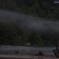 上高地 未明の大正池