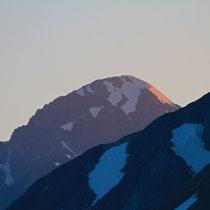 劔岳の夜明け 立山室堂から