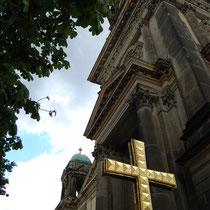 Das Kreuz in reperatur