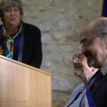 Michel Nadeau, Suzette Grel, deux Maires de Le Pout. Remise de l'Ordre national du Mérite à Suzette Grel. 7 février 2015