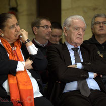 Martine Faure, Philippe Madrelle, derrière Nicolas Tarbes, Daniel Coz, Pierre Gachet. Remise de l'Ordre national du Mérite à Suzette Grel. Le Pout. 7 février 2015