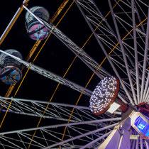 8 La grande roue de la Foire aux plaisirs. Bordeaux, mercredi 17 octobre 2018. Reproduction interdite - Tous droits réservés © Christian Coulais