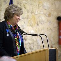 Françoise Cartron, Vice-présidente du Sénat. Remise de l'Ordre national du Mérite à Suzette Grel. Le Pout. 7 février 2015