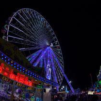 7 La grande roue de la Foire aux plaisirs. Bordeaux, mercredi 17 octobre 2018. Reproduction interdite - Tous droits réservés © Christian Coulais