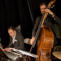 Vincent Vilnet, piano; Aurélien Gody, contrebasse; Carmen in Swing
