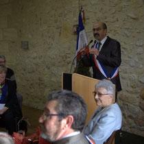 Discours de Michel Nadaud, Maire de Le Pout. Remise de l'Ordre national du Mérite à Suzette Grel. 7 février 2015