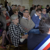 Un public nombreux et attentif. Remise de l'Ordre national du Mérite à Suzette Grel.