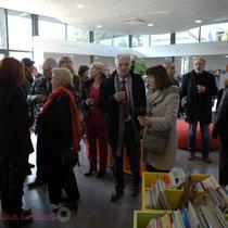 Inauguration de La Source, pôle culturel et social de Sallebœuf, en présence de Philippe Madrelle et Gérard Poisbelaud