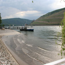 Rheinufer Anleger