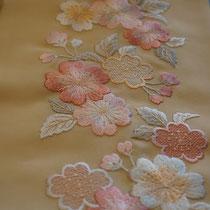 洗える刺繍半襟 桜文様