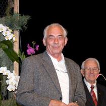 Der Macher : Verbandstag 2008 in Soest. Im weiteren Verlauf wurde Norbert Menauer die goldene Verbandsnadel verliehen