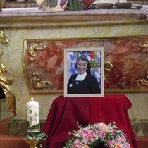 Hochw. Abt Emmeram Geser zelebrierte den Gedenkgottesdienst für +Sr. M. Angelia in St. Maria