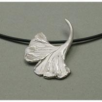 Ginkgoblatt 925er Silber / 130,-€