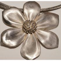Klematis 925er Silber, ca. 6 cm hoch / 330,- €